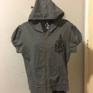 E Gray Short Sleeve Hoodie Size L
